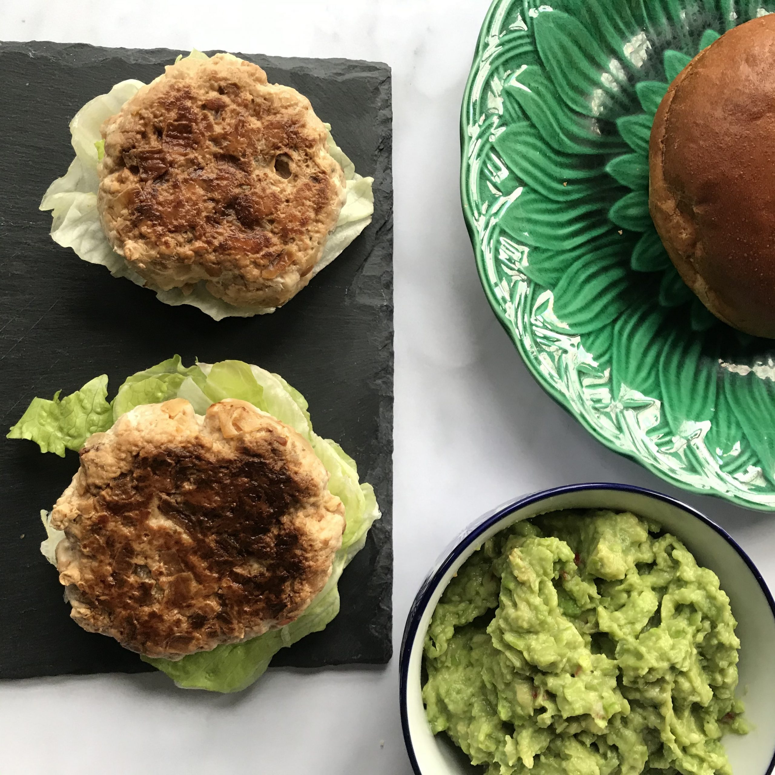 Turkey or Quorn Burgers with Pea & Chilli Guacamole